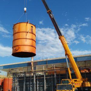 Desmantelamiento 2 tanques en Arcelor Sagunto