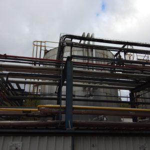 Desmantelamiento de tanque de fuel-oil en Wärtsilä Ibérica en Bermeo